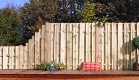 sichtschutz-180x180-m-herrera-staketen-zaun-rundkopf-Kiefer-classic