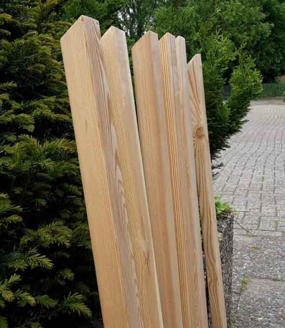 Zaunlatten Geschragt 68mmx28mm Sibirische Larche Rhombus